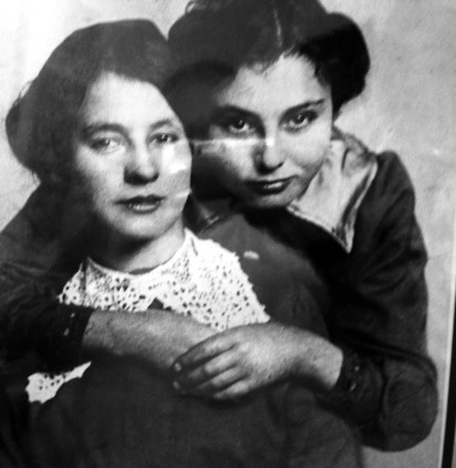 Elsie and Annie Griffiths